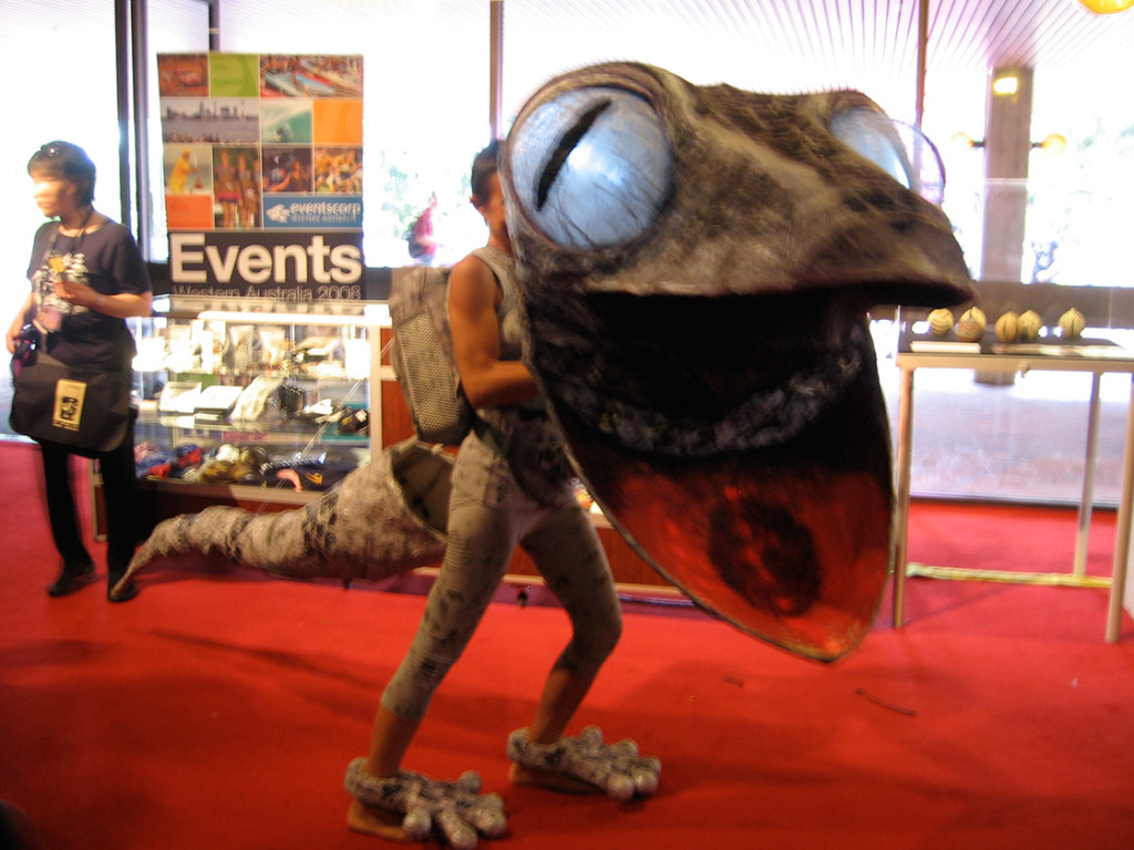 Giant Gecko by Cheryl Linnaker